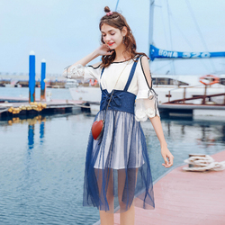 MG小象露肩白色连衣裙女2018夏季新款温柔风裙子收腰网纱吊带裙潮