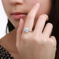2016 Fashion Jewelry White Gold Filled Crystal Diamond Ring