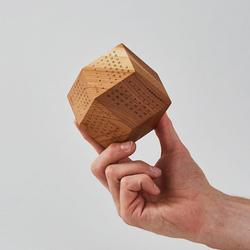 没比它再酷的了!2018年 日历 英国DodeCal 十二面体创意木质台历