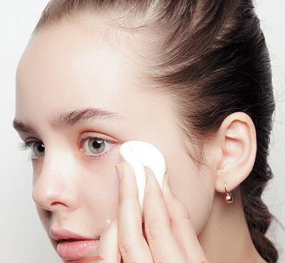 冬天浮粉怎么办 做到这四点让底妆不再浮粉脱妆