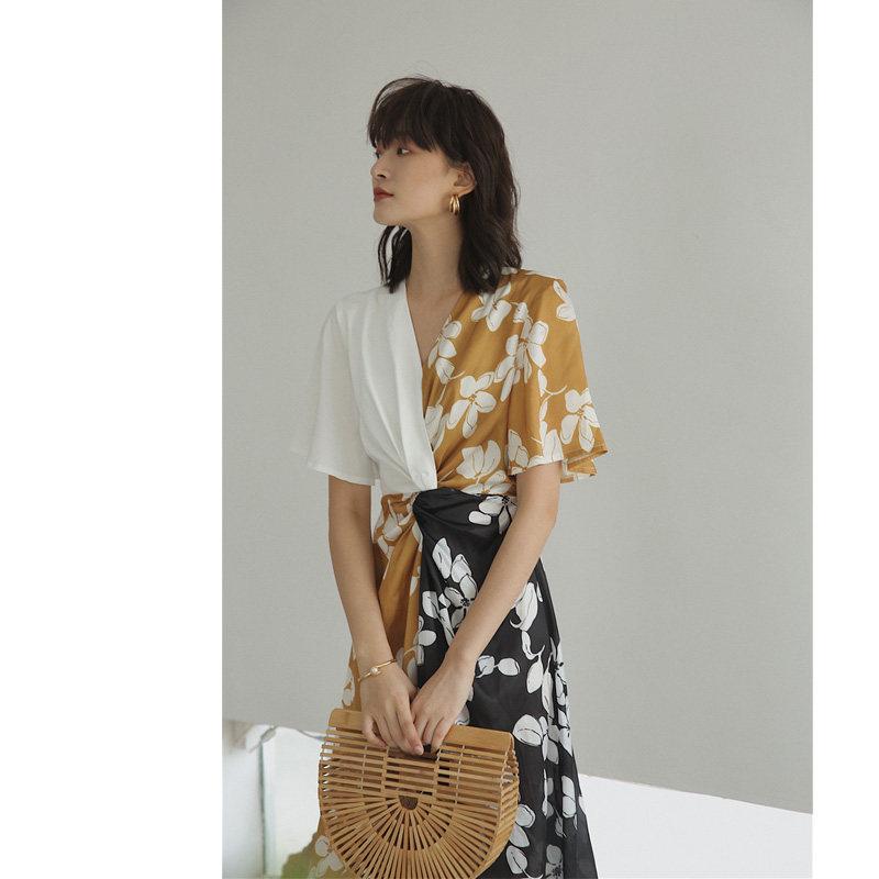 桔梗法式连衣裙收腰显瘦碎花气质复古V领设计感小众茶歇裙子女夏