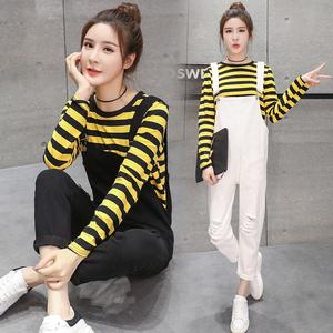 Hole black denim bib pants women summer 2017 new loose Korean version of the feet two-piece suit girls pants