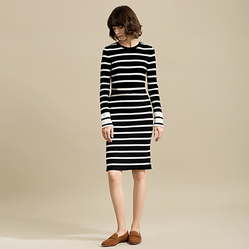 猪猪●高出镜率 TH撞色条纹 侧开叉羊毛针织打底裙连衣裙(一)