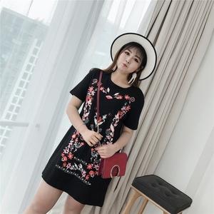 韩版欧美范胖mm显瘦圆领时尚提花连衣裙学生圆领T恤裙加大码女装