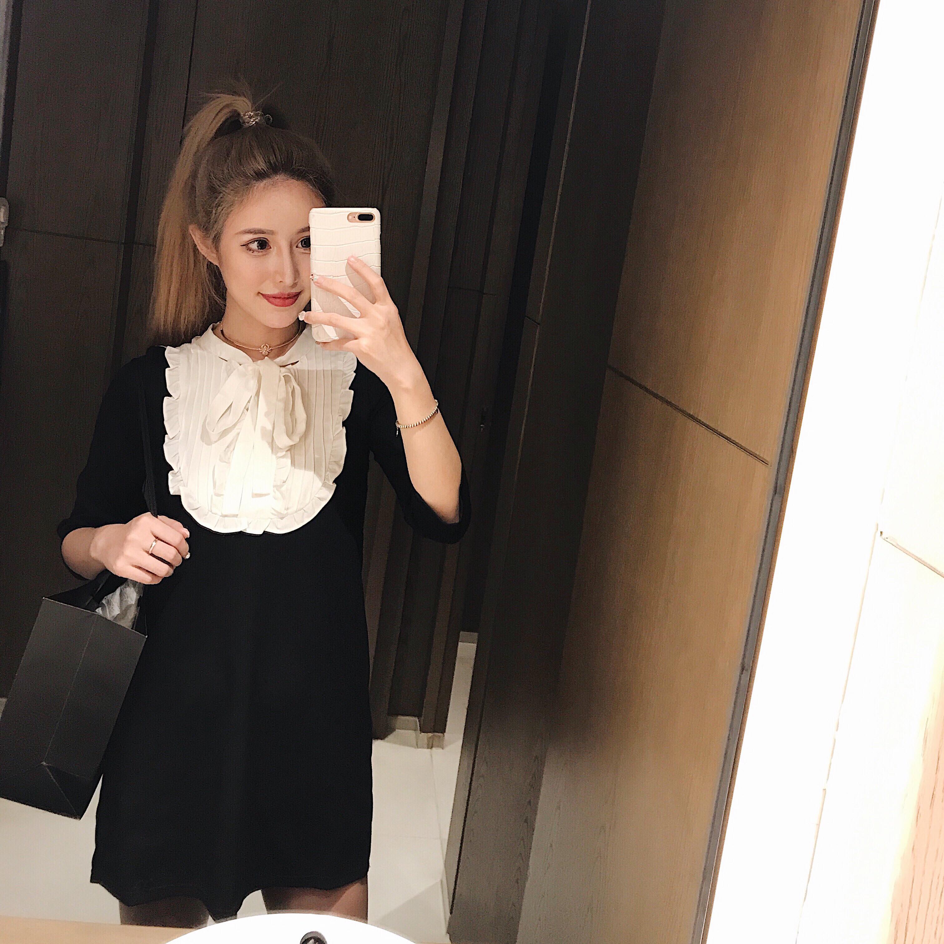 季庭竹 复古赫本风 黑色宫廷中袖花边蝴蝶结质感显瘦短裙连衣裙