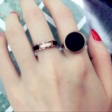 日韩国时尚微镶钻黑色百搭戒指女式kq13钢镀玫xx戒子首饰品