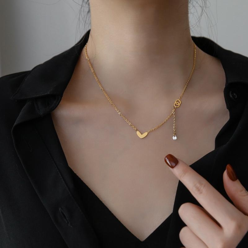 韩国时尚精致小爱心流苏水晶项链女锁骨链气质个性冷淡风不掉色