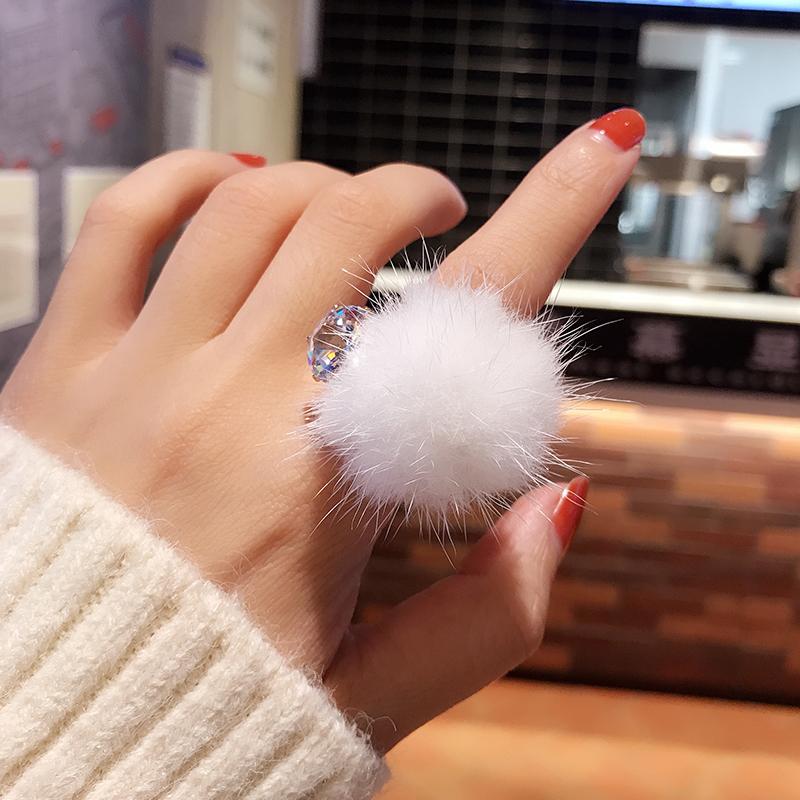 秋冬可爱毛毛戒指女网红气质镶钻雪花水貂毛球球甜美开口食指指环