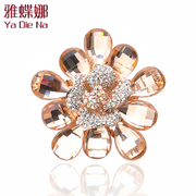 Ya na Korea Crystal corsage brooch sparkling rhinestone flower brooch women shawl chain pin accessories v031