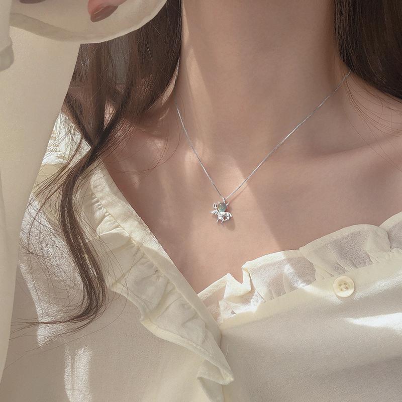 925纯银月光石小恶魔吊坠项链设计感小众森系女潮轻奢锁骨链网红