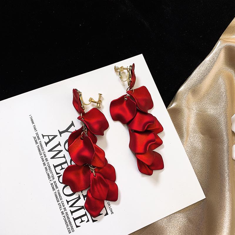2019新款耳环玫瑰花瓣红色女长款耳坠气质银针无耳洞假耳钉耳夹
