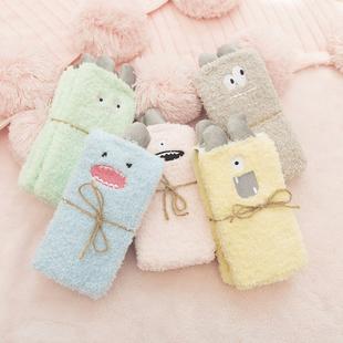 韶刻诗睡眠袜珊瑚绒袜子女秋冬加厚家居袜月子孕妇毛巾宽松地板袜