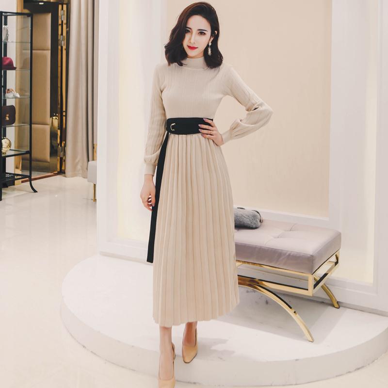 MISS FLY2018新款秋季女装小高领系带针织连衣裙气质百褶裙长裙