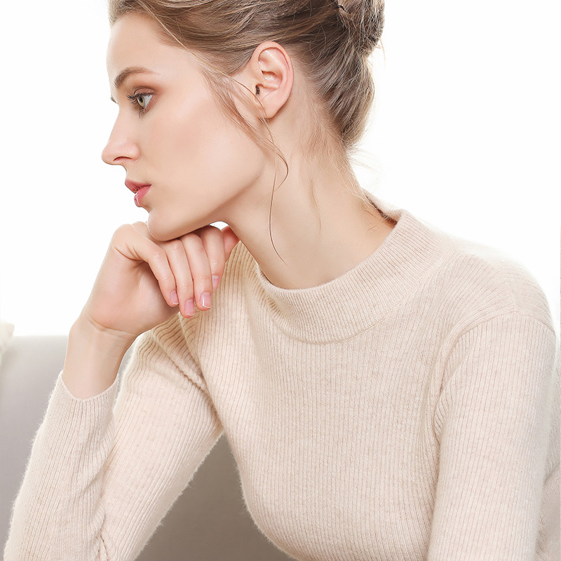 半高领毛衣女纯色加厚针织打底衫小高领短款秋冬季修身套头毛衣