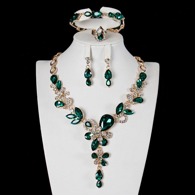 水晶宝石首饰套装女轻奢锁骨项链耳环手链戒指四件套礼服宴会配饰