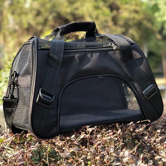 宠物包狗背包猫包可爱宠物外出便携包泰迪狗包袋出行包狗狗单肩包