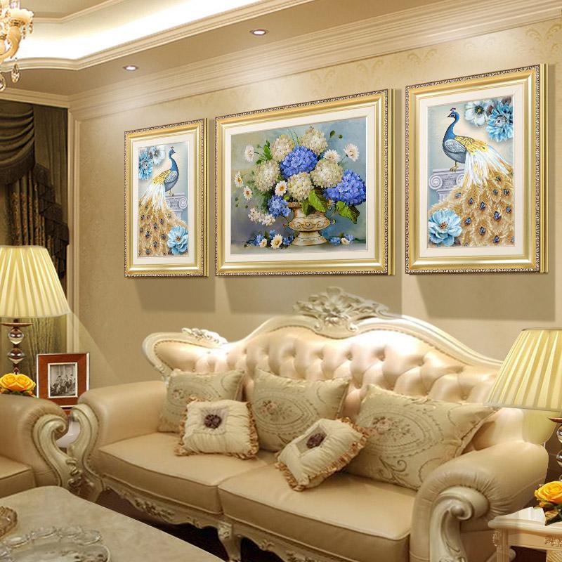 欧式沙发背景墙装饰画孔雀壁画免打孔三联画墙画客厅挂画大气轻奢