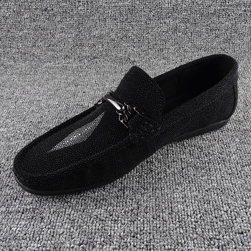 South Korea 2019 Autumn New Pearl fish scale skin Doudou shoes men's leather breathable fashion men's casual fashion shoes