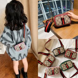 网红儿童斜挎包时尚洋气公主女童小童宝宝2020小孩背的包包潮图片