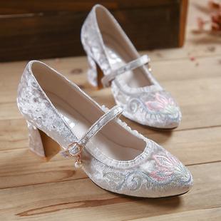 天赐绣原创 民族风女鞋 高跟鞋马蹄跟一字扣玛丽珍花边绣花奶奶鞋