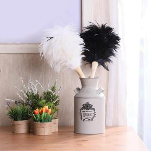 White feather duster feather duster household vehicle cleaning tool dusting brush daily black feather duster