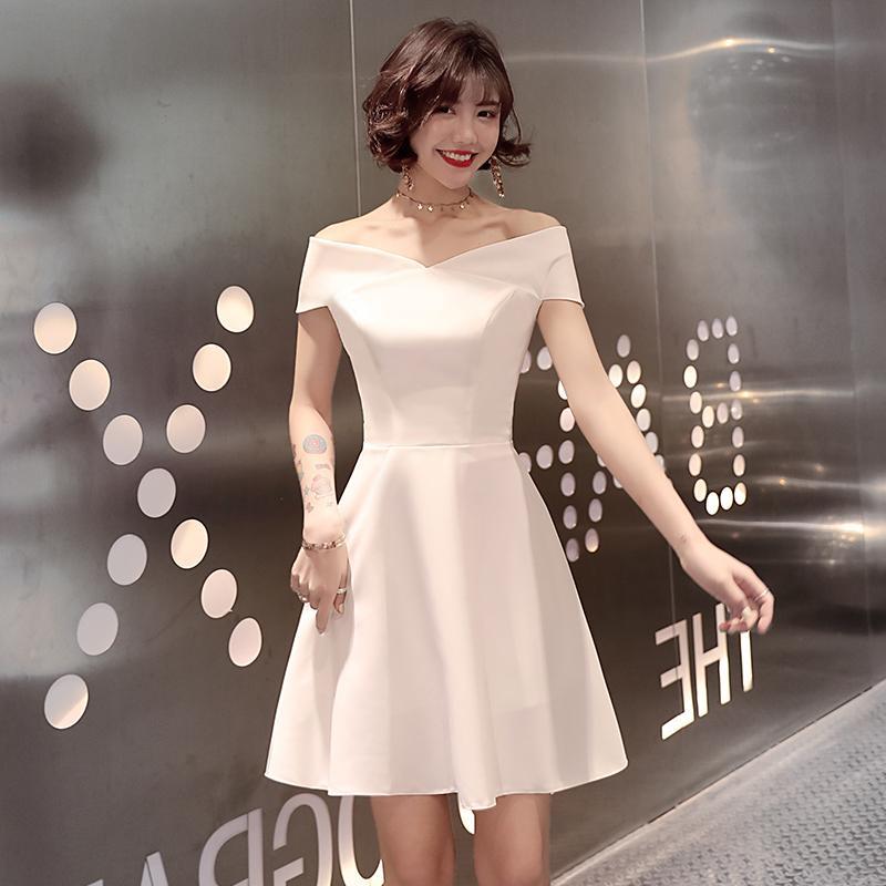 白色晚礼服女一字肩气场宴会气质女王小礼服短款连衣裙名媛小个子
