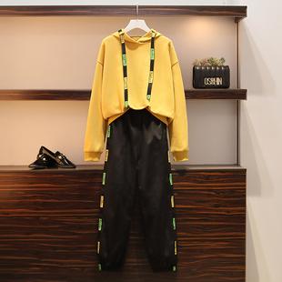 飞鱼高端大码女装2020早秋新款胖mm减龄显瘦宽松遮肉卫衣两件套装图片