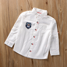 老师要的白衬衣 帅款si7童装春秋la男童长袖衬衫徽章款3-14岁