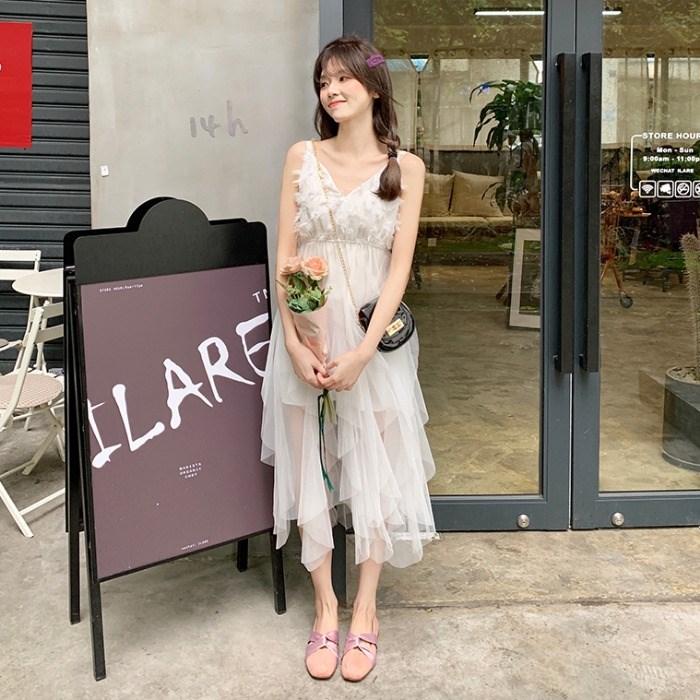 夏季女装2019新款韩版气质洋气V领中长款网纱吊带连衣裙夏小清新