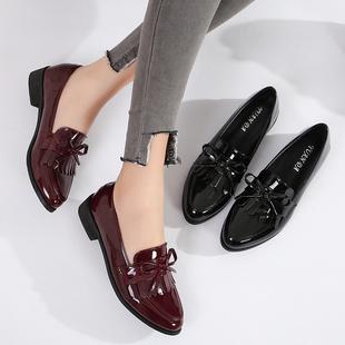 英伦小皮鞋尖头学院风黑色漆皮流苏复古乐福单鞋百搭平底大码女鞋