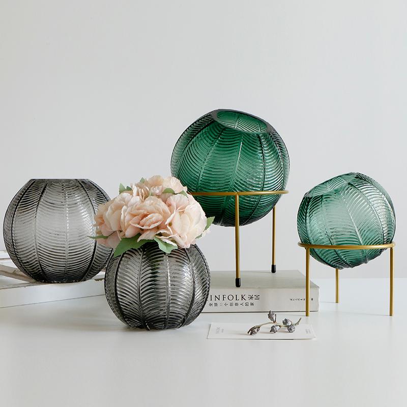亦思手工吹制彩色圆球玻璃花瓶水培欧式家居铁艺架子装饰摆件
