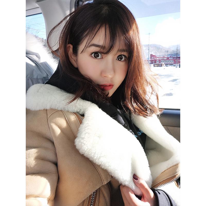 张子萱cheeseandkisses驼色真皮毛一体外套羊皮翻毛领女夹克#