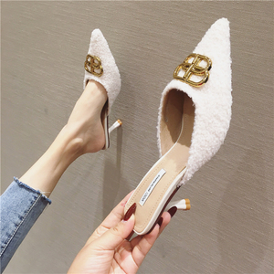 18 outer wear high heel fashion half drag women's shoes 2019 autumn new fashion wool small size shoes Baotou hairy slippers