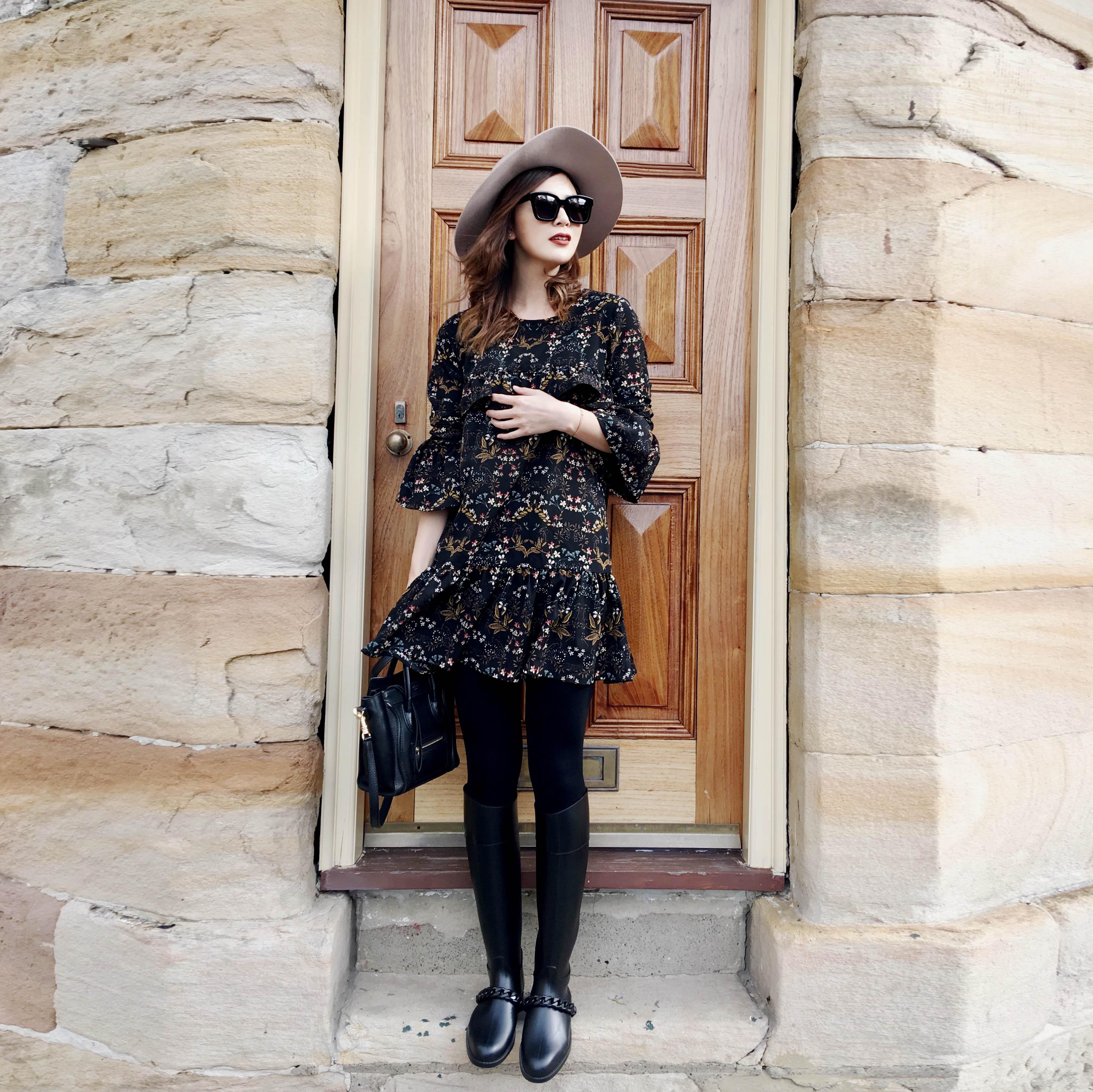 DEARCOCOLI 独家制作 荷叶袖直筒黑底碎花荷叶裙边宽松连衣裙