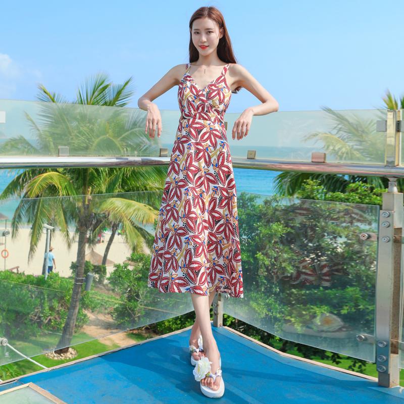 露背沙滩裙女夏海边度假裙海南三亚泰国巴厘岛波西米亚吊带连衣裙