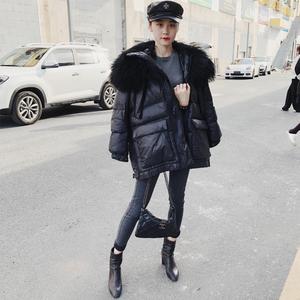 洋氣超大灘羊毛毛領羽絨服帥氣黑色冬季女外套2019新款時尚女裝潮