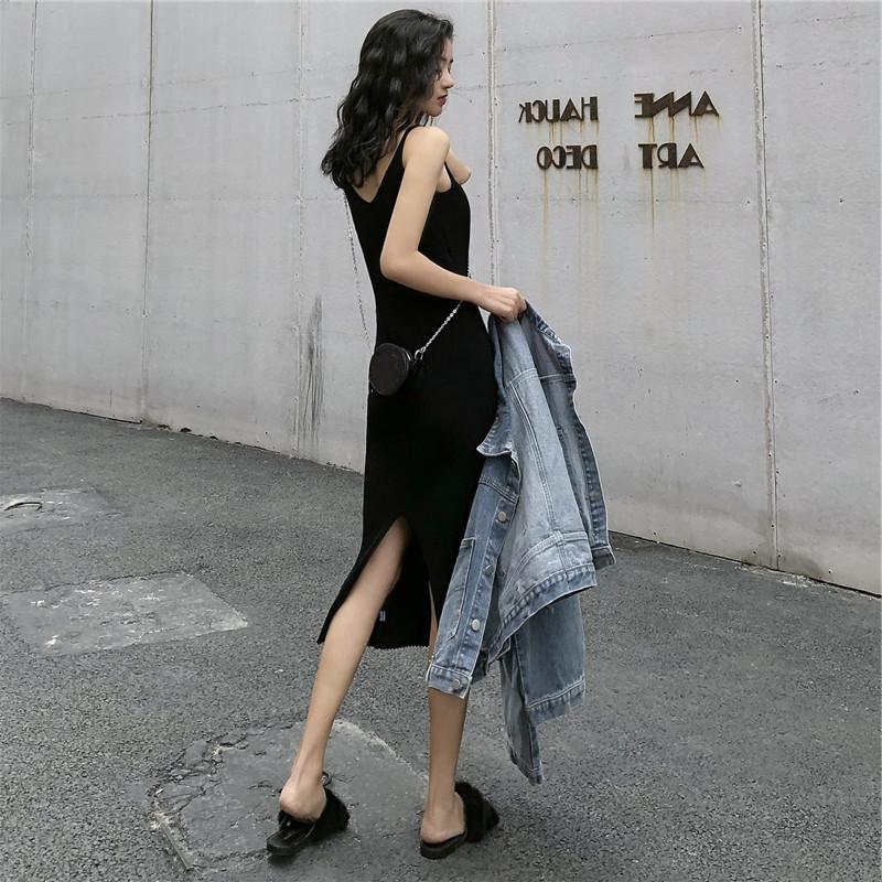 性感小个子黑色针织吊带连衣裙