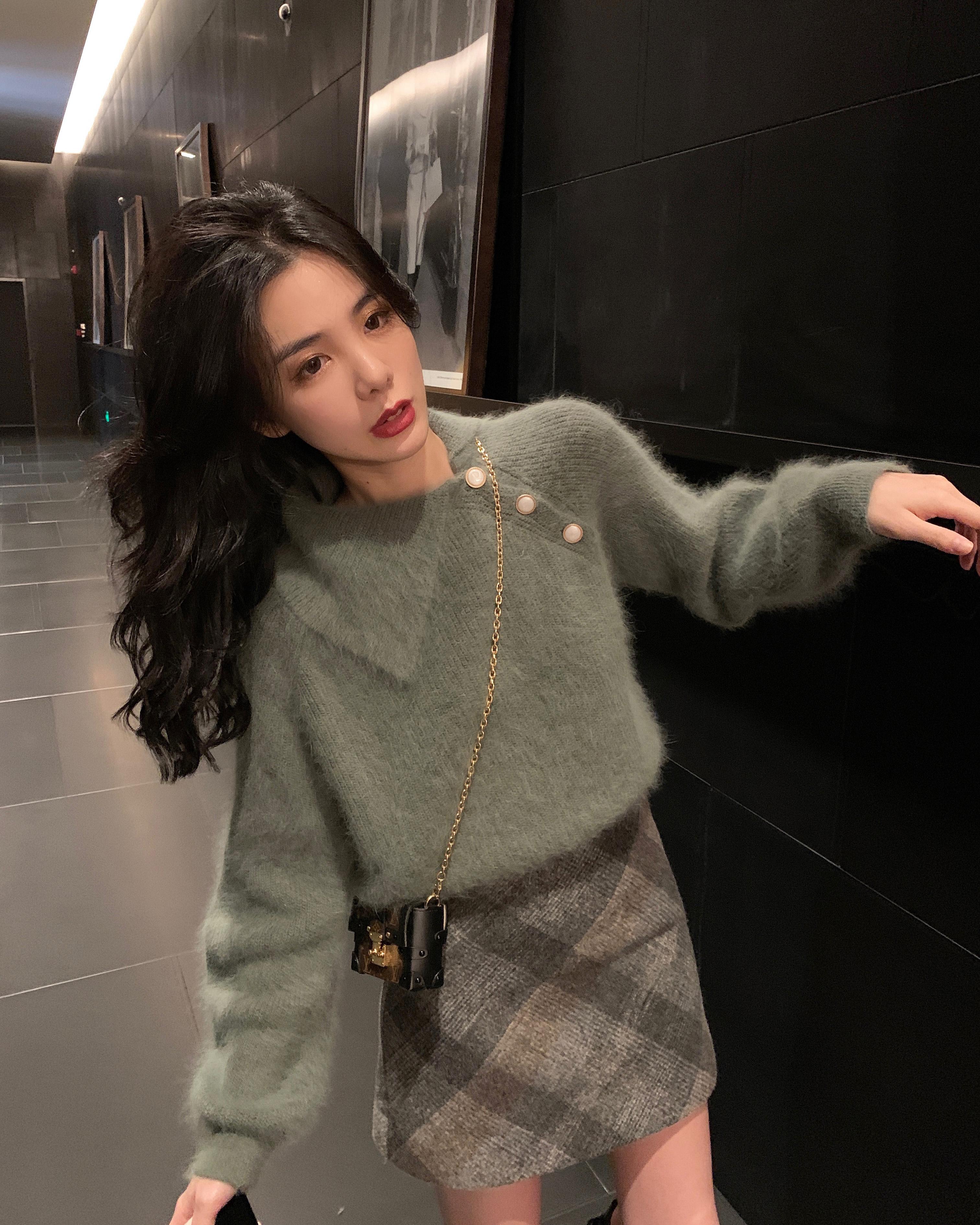 SIXONE六一2019新款毛呢A字高腰格子短裙包臀配毛衣半身裙秋冬女