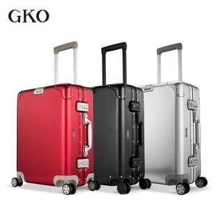 高档GKO-20寸大容量全铝镁合金行李箱时尚红色包角旅行登机拉杆箱