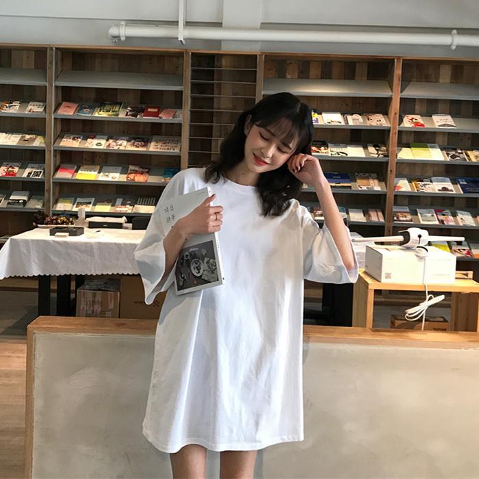 简约chic青春活力白色宽松短袖上衣女夏季2019新款学生中长款T恤