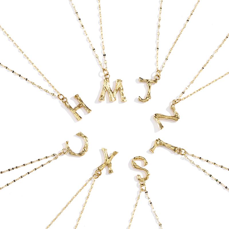 IPG18K金钛钢铸造网红款字母项链ins风小众设计吊坠配饰女锁骨链