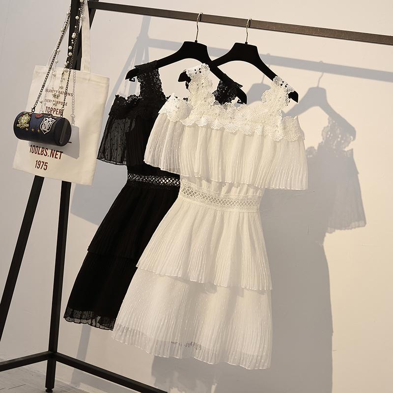 大码女装夏胖妹妹微胖减龄显瘦蛋糕裙波点雪纺蕾丝吊带仙女连衣裙