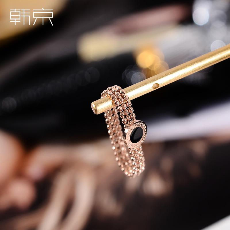 韩京黑色圆牌日式轻奢戒指女食指戒指环chic潮网红冷淡风钛钢戒子