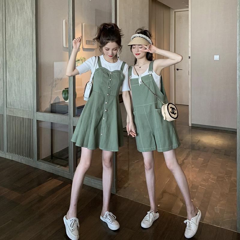 夏装2019新款韩版宽松显瘦吊带牛仔背带连衣裙女两件套姐妹闺蜜装