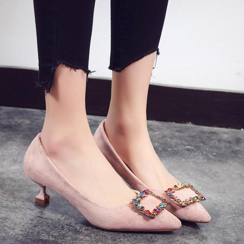 2019新款水钻女鞋红色新娘鞋结婚鞋子尖头低跟鞋女细跟浅口单鞋