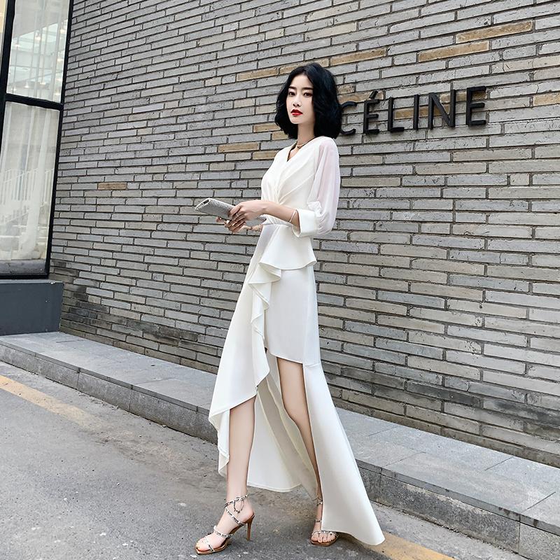 白色晚礼服裙女2019新款简单大方宴会气质长款名媛气场女王连衣裙