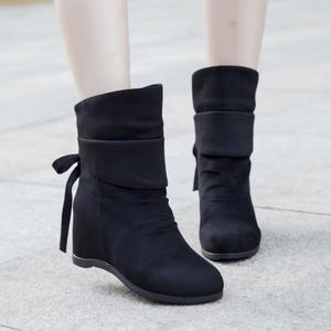 Short boots female autumn and winter Korean version of the flat bottom increased middle tube tassel wild women's boots wedge size women shoes wild