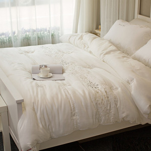 European high-end tencel embroidery spring and autumn and winter quilt thick quilt white three-dimensional quilt double quilt