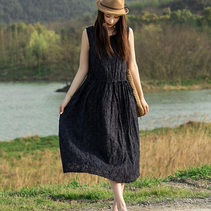 原创2019夏季新款苎麻素染藏青宽松舒适过膝黑暗系女装复古连衣裙