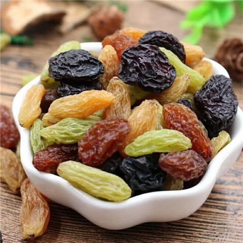 新货特价  顺馨  新疆吐鲁番四色葡萄干混装2斤(500*2)。